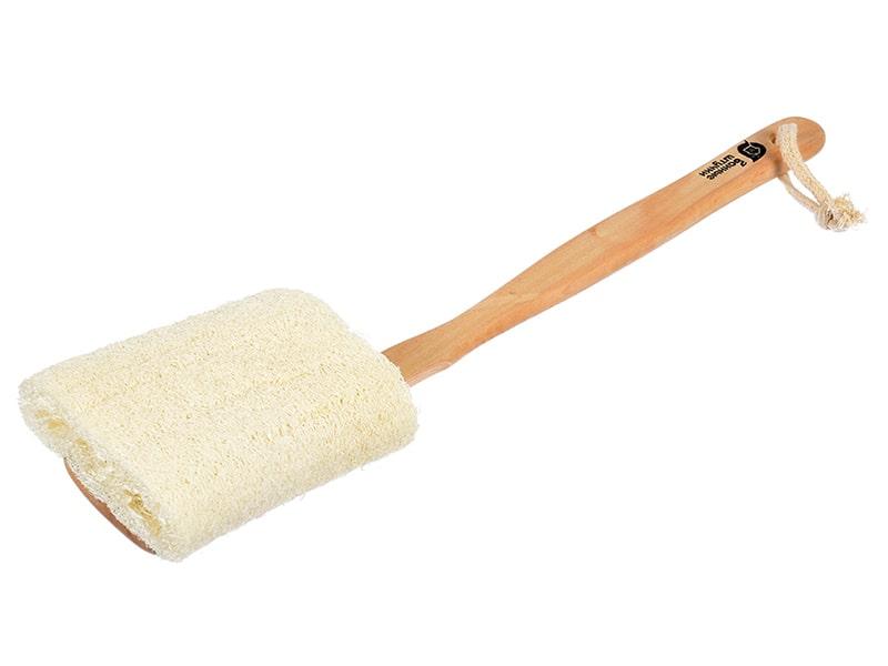 Мочалка из люфы, на деревянной ручке фото